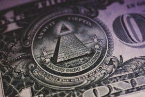 close-up pyramid on dollar bill